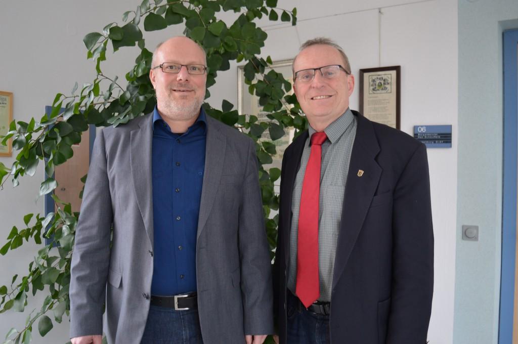 Bürgermeister Rainer Schäuffele und Thomas Reusch-Frey MdL im Gespräch